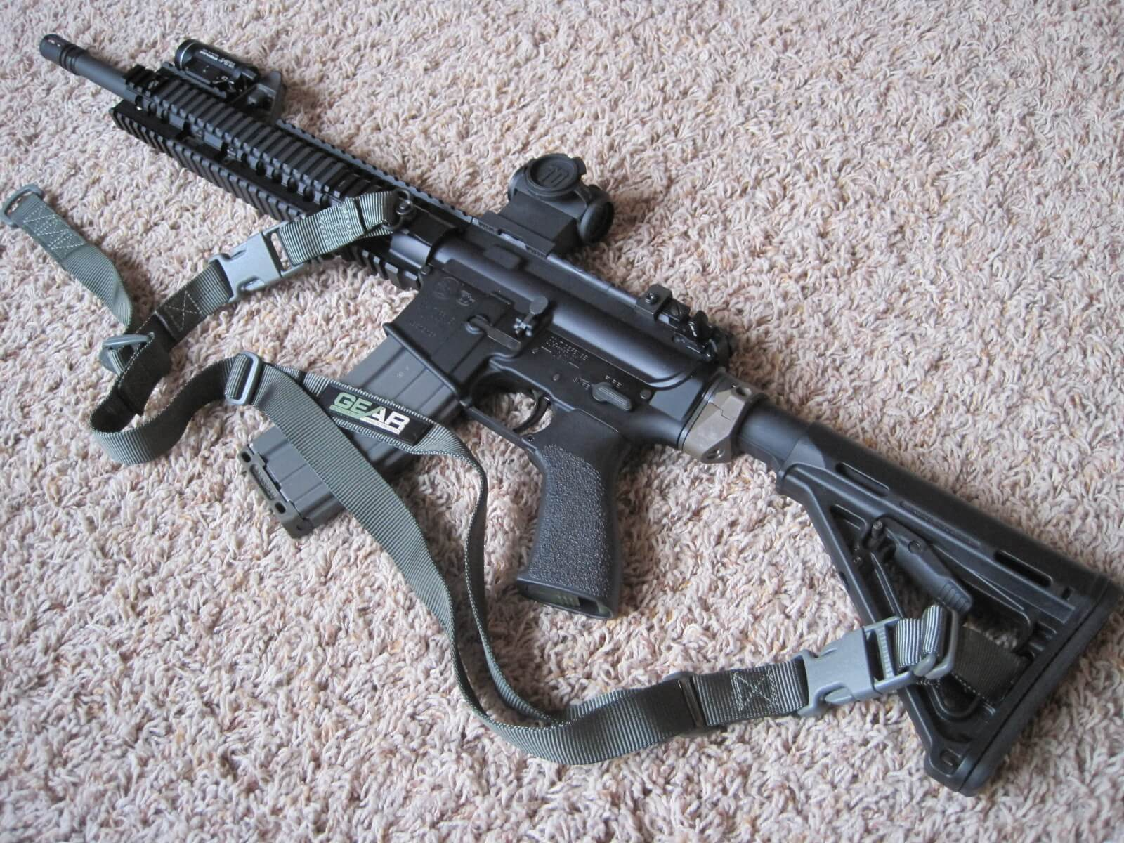GS-2P on MOE stock & Daniel Defense rail