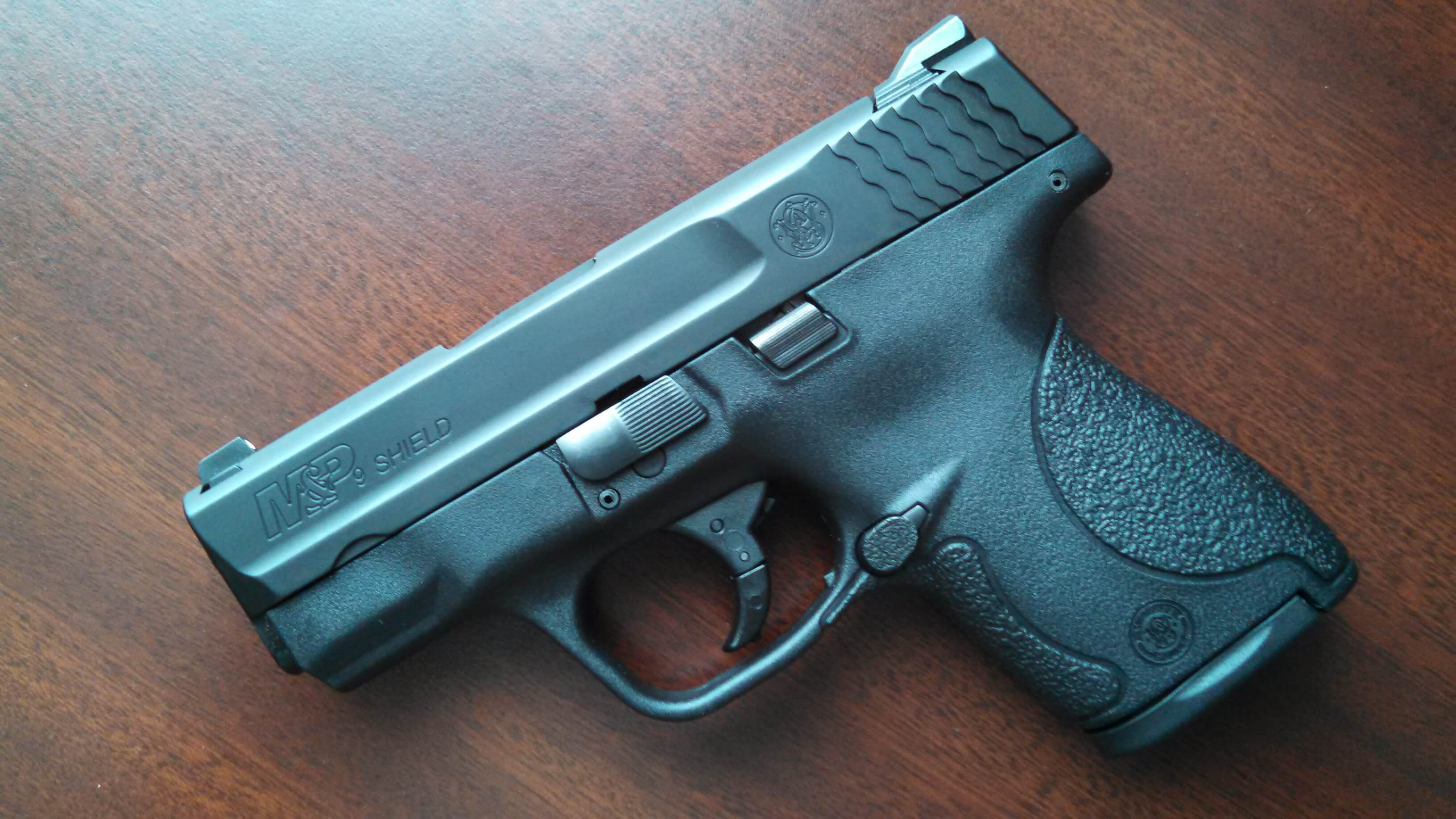 S&W M&P Shield /no safety